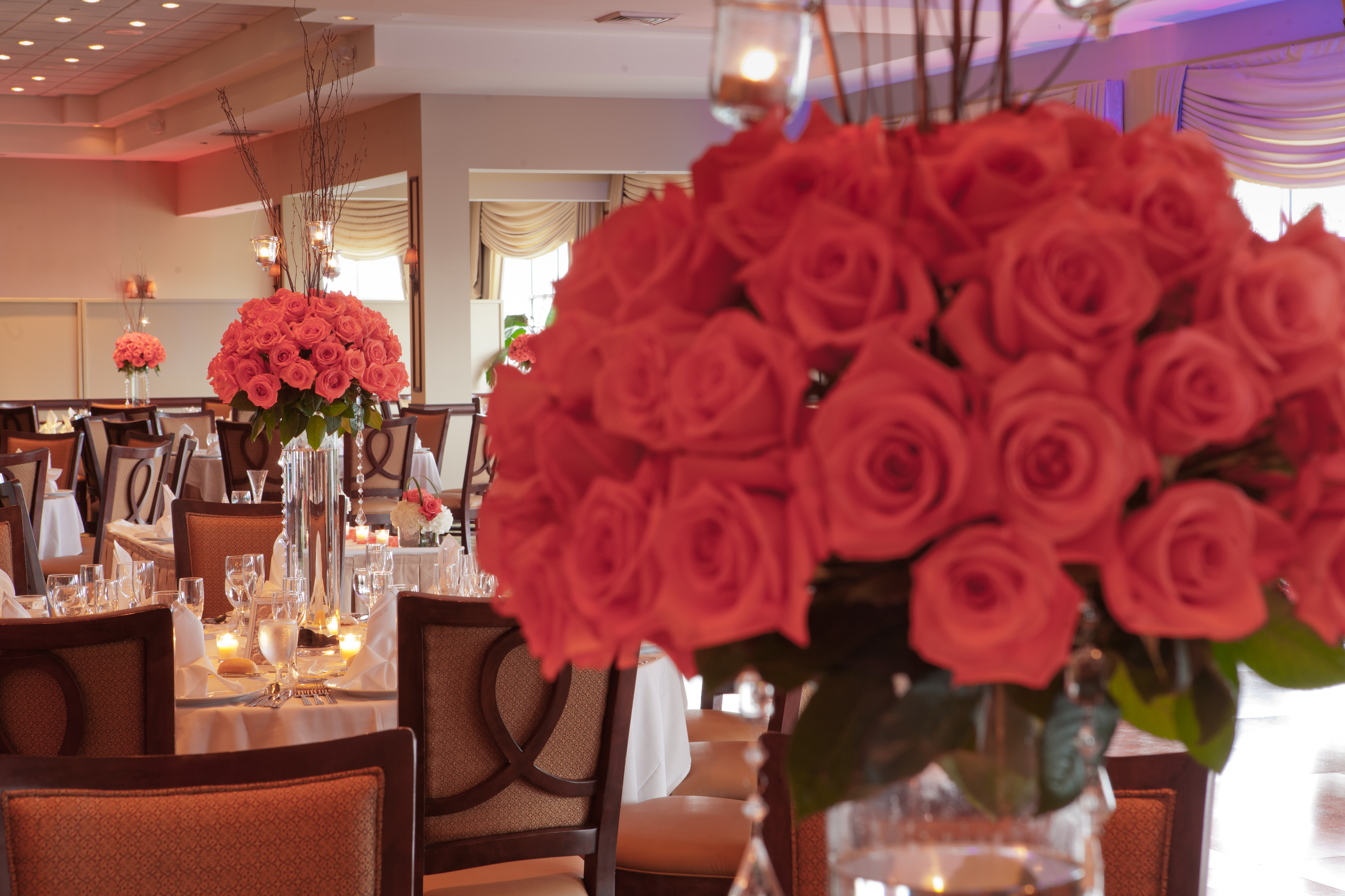 Coral Roses Centerpieces